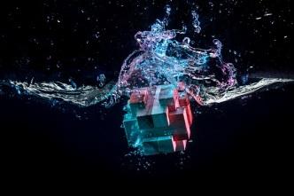 water-splash-with-puzzle-effect-PP7U3H9.jpg